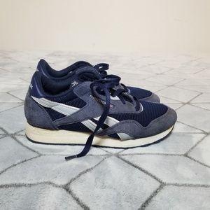 B30 Reebok Classic Slim Women's Shoes Size 6